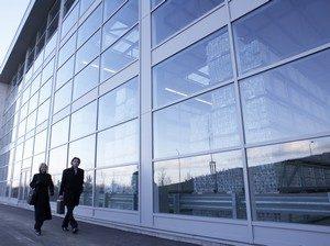 где лучше заказать и купить ПВХ окна для организации (офис, складские помещения) в Сургуте