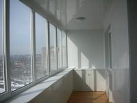где лучше обшить балкон в Сургуте